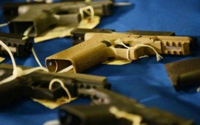 """Qué son las """"armas fantasma"""" y qué papel tienen en la actual """"epidemia de violencia"""" en EE.UU."""