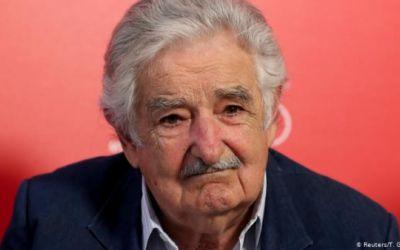 Mujica se retira de la política por motivos de salud y edad