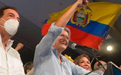 El derechista Guillermo Lasso derrota al correísta Arauz y será el nuevo presidente de Ecuador