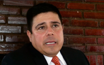 Habla el mayor de la Policía que acusa a Álvaro Uribe y puso preso a su hermano Santiago