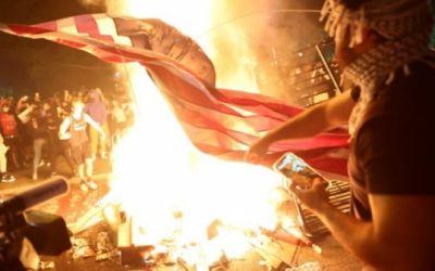 """George Floyd: así vive EE.UU. por sexto día consecutivo """"los peores disturbios desde la muerte de Martin Luther King"""""""