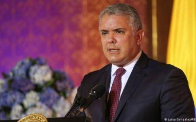 """Duque anuncia una """"transformación"""" de la policía y la """"modernización"""" del Ministerio de Defensa"""