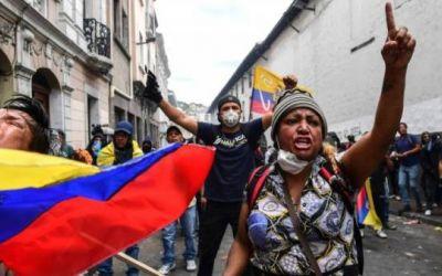 Elecciones Ecuador 2021: cómo Arauz y Lasso pretenden reconstruir la economía del país (y qué papel juega el FMI)