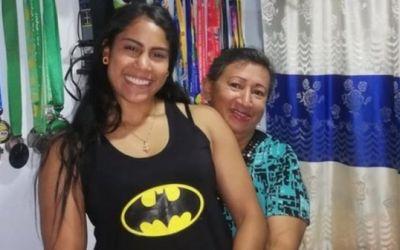"""""""A mi amiga le cortaron la cabeza. Yo me salvé porque estaba jugando rugby"""": la historia de la joven de Medellín salvada por la construcción de una cancha en su barrio"""