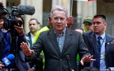 Documentos desclasificados vinculan a Uribe con narcotráfico