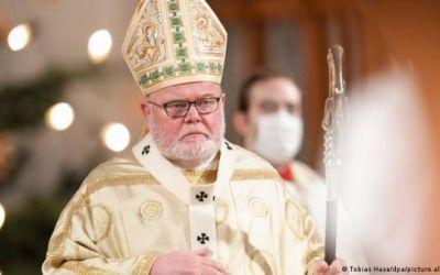 El cardenal alemán Reinhard Marx presenta su renuncia al papa Francisco por escándalo de abusos