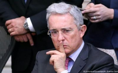 Colombia: Corte Suprema investiga a Uribe por espionaje militar