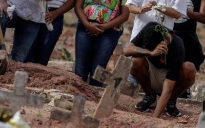 """Copa América 2021 en Brasil: """"Es increíble que el segundo país por número de muertes de covid sea el anfitrión de un evento continental"""""""