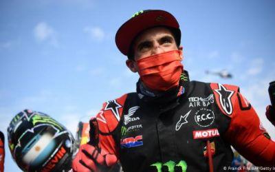 Kevin Benavides gana un Rally Dakar de motos en que murió un piloto