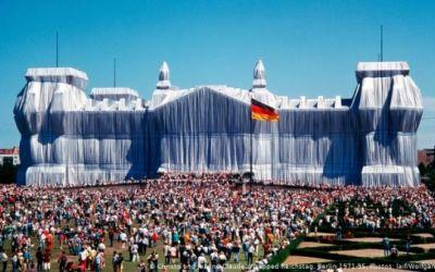El arte político de Christo, a 25 años de cubrir el Reichstag
