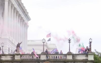 La presidenta de la Cámara de Representantes de EE.UU., Nancy Pelosi, autoriza comisión independiente que investigará la insurrección del 6 de enero