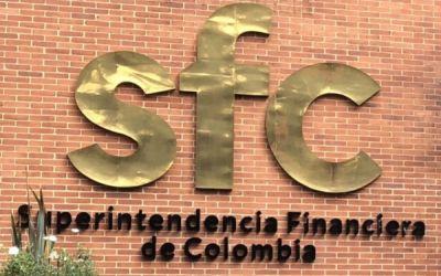Robledo acusa ante la Super Intendencia Financiera al fiscal Martínez y al Grupo Aval