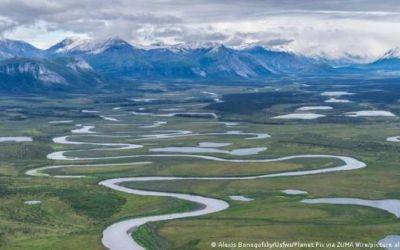 Biden suspende perforaciones de petróleo y gas en reserva del Ártico