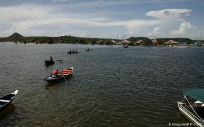 """""""Vemos cómo mueren nuestros viejos"""": el coronavirus golpea el interior del Amazonas"""